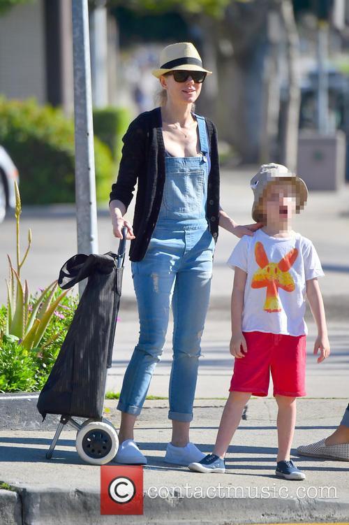 Naomi Watts and Samuel Schreiber 10