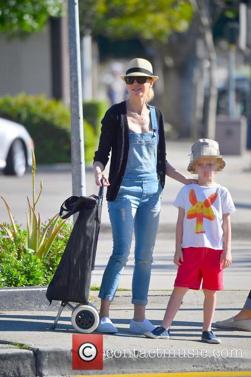 Naomi Watts and Samuel Schreiber 11