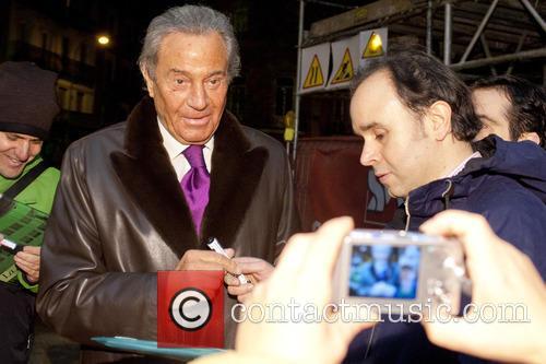 Arturo Fernandez 5