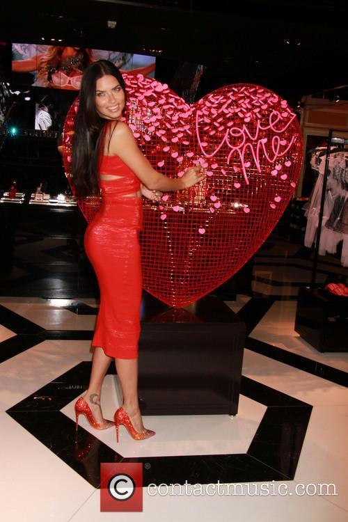 Adriana Lima 9