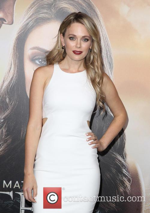 Katia Winter 8