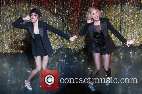 Carly Hughes and Jennifer Nettles 9