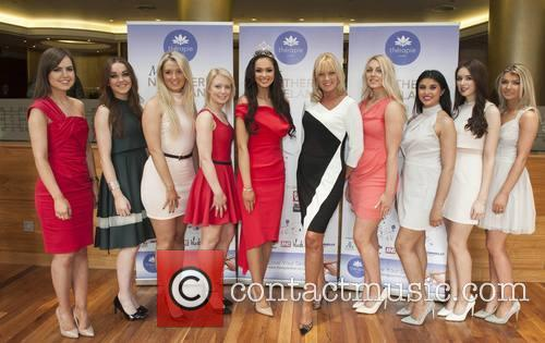 Rebekah Shirley & Alison Clarke With Miss Ni Hopefuls 3