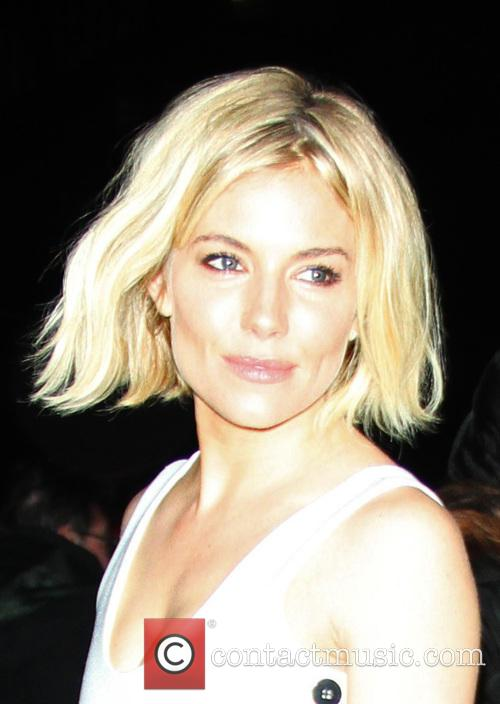 Sienna Miller arrives at the 'Late Show with...