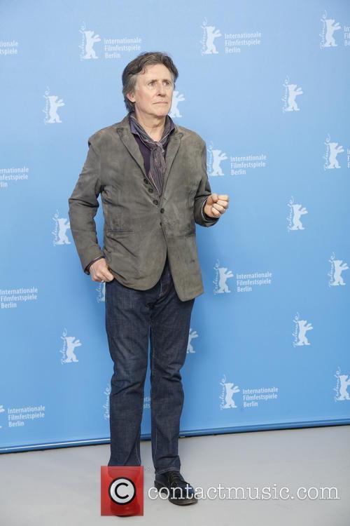 Gabriel Byrne 4