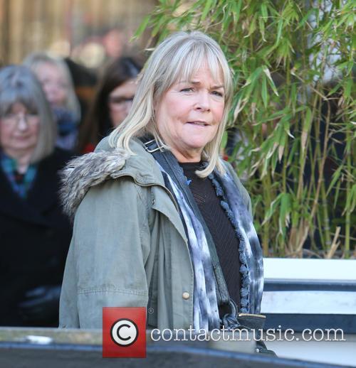 Linda Robson 1