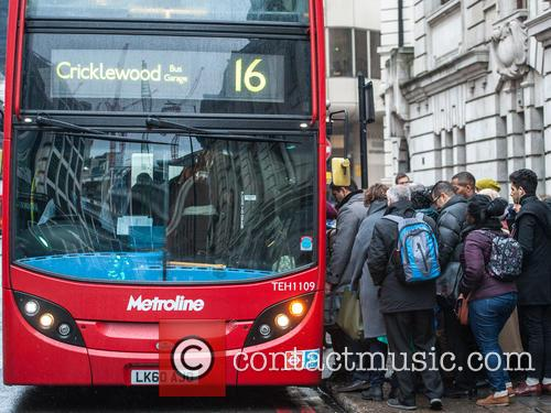 Bus strike causes congestion at London's Victoria station