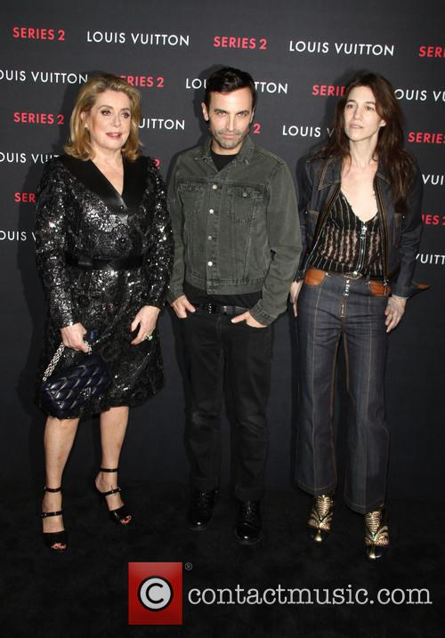 Catherine Deneuve, Nicolas Ghesquiere and Charlotte Gainsbourg 9