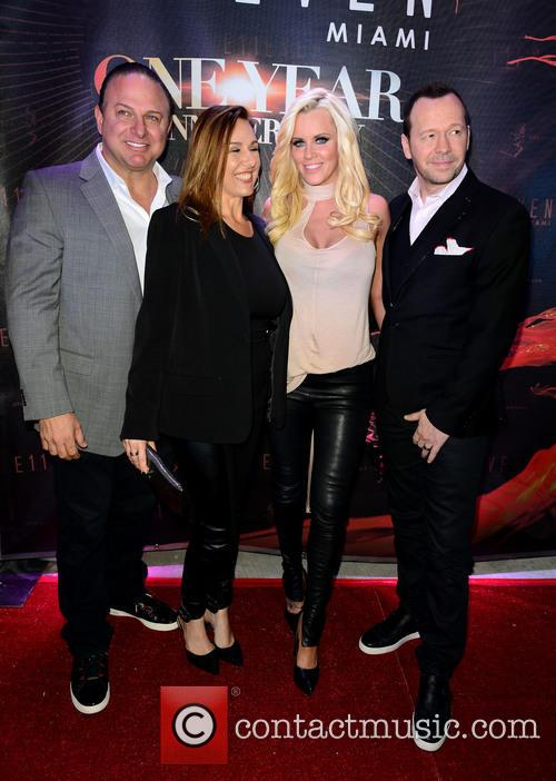 Gino Lopinto, Yvonne Lopinto, Jenny Mccarthy and Donnie Wahlberg 1