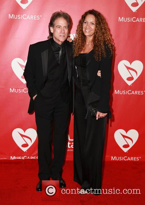 Joyce Lapinsky and Richard Lewis 2