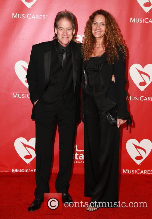 Joyce Lapinsky and Richard Lewis 1