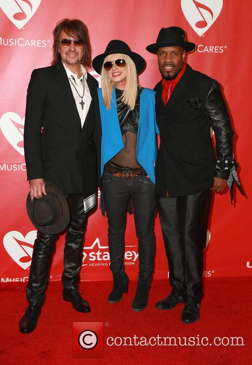 Orianthi, Richie Sambora and Michael Bearden 4