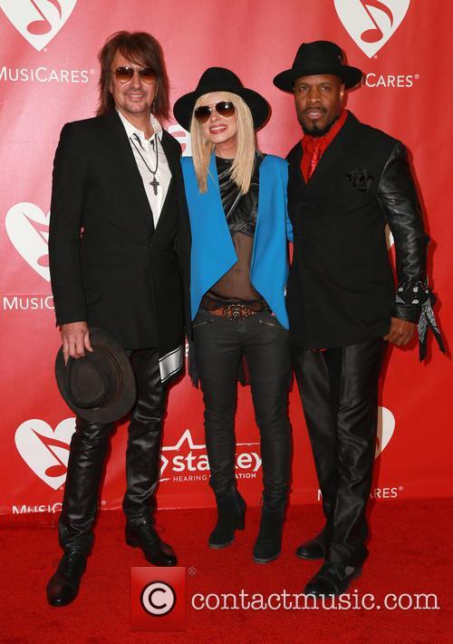 Orianthi, Richie Sambora and Michael Bearden 1