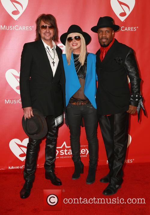 Orianthi, Richie Sambora and Michael Bearden 6