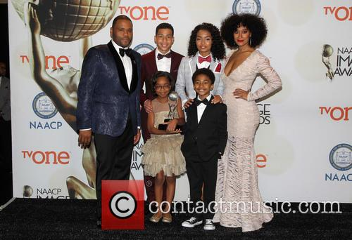 Anthony Anderson, Tracee Ellis Ross, Marcus Scribner, Marsai Martin, Miles Brown and Yara Shahidi 1