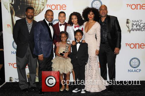 Anthony Anderson, Tracee Ellis Ross, Marcus Scribner, Marsai Martin, Miles Brown and Yara Shahidi 3