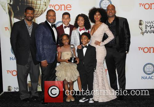 Anthony Anderson, Tracee Ellis Ross, Marcus Scribner, Marsai Martin, Miles Brown and Yara Shahidi 5
