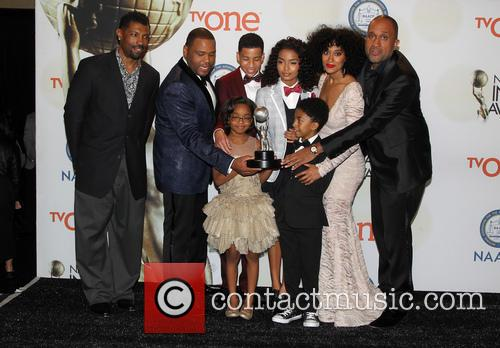 Anthony Anderson, Tracee Ellis Ross, Marcus Scribner, Marsai Martin, Miles Brown and Yara Shahidi 7