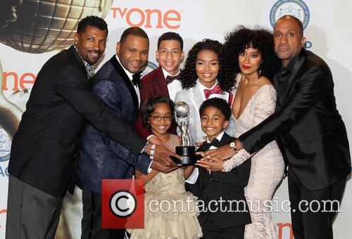 Anthony Anderson, Tracee Ellis Ross, Marcus Scribner, Marsai Martin, Miles Brown and Yara Shahidi 10