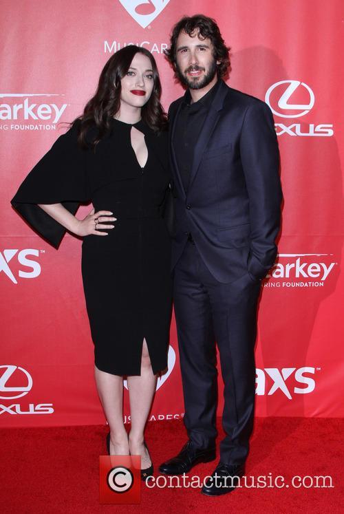 Kat Dennings and Josh Groban 8