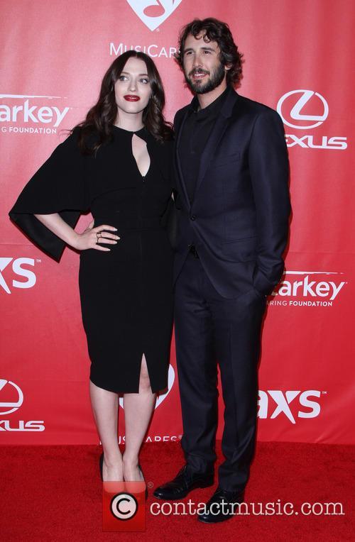 Kat Dennings and Josh Groban 9