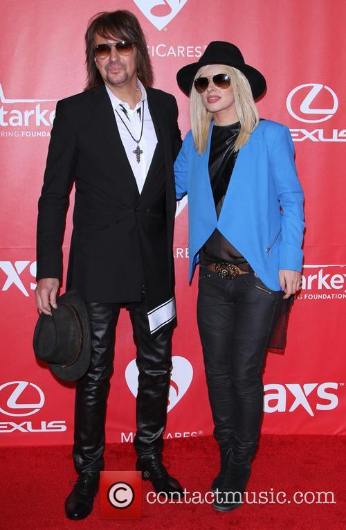 Richie Samboa and Orianthi 6