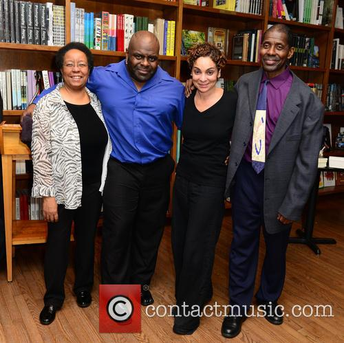 Diane Monroe, Kevin Sharpe, Avery Sharpe, The Avery Sharpe Trio and Jasmine Guy 1