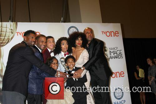 Anthony Anderson, Marcus Scribner, Yara Shahidi, Tracee Ellis Ross, Marsai Martin and Miles Brown 5