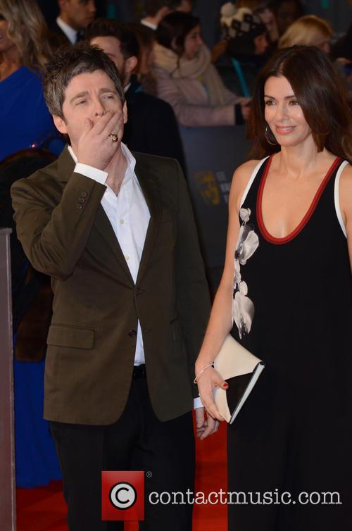 Noel Gallagher and Sara Macdonald 9