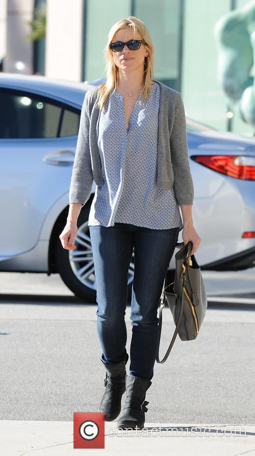 Amy Smart  running errands in Beverly Hills