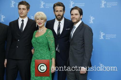 Max Irons, Helen Mirren, Ryan Reynolds and Daniel Bruhl ( 3