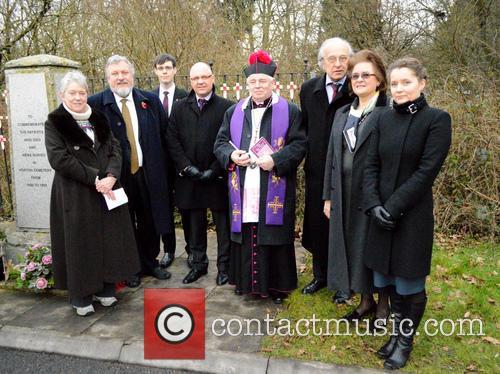 Ireneusz Truszkowski, Ines Czajczinska Da Costa, Rev Cannon Wladyslaw Wyszowadski, Hanka Januszewski and Dr Mark Stella-sawicki 3