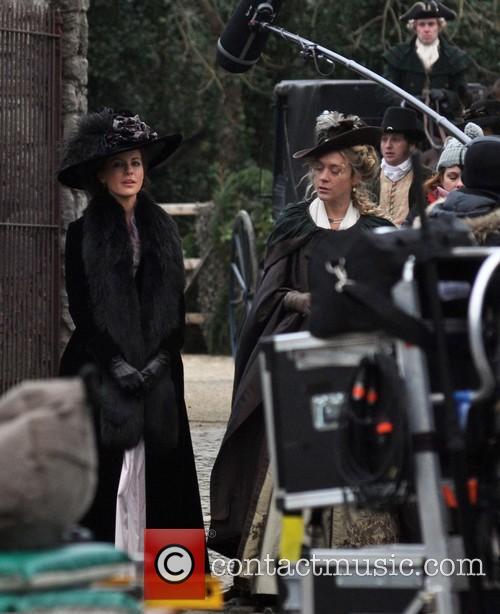 Kate Beckinsale and Chloe Sevigny 4