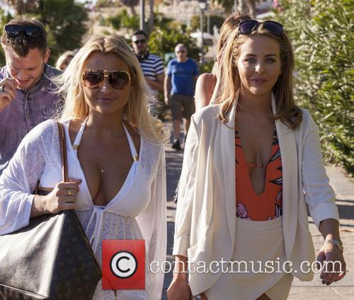 Billie Faiers and Lydia Bright 4