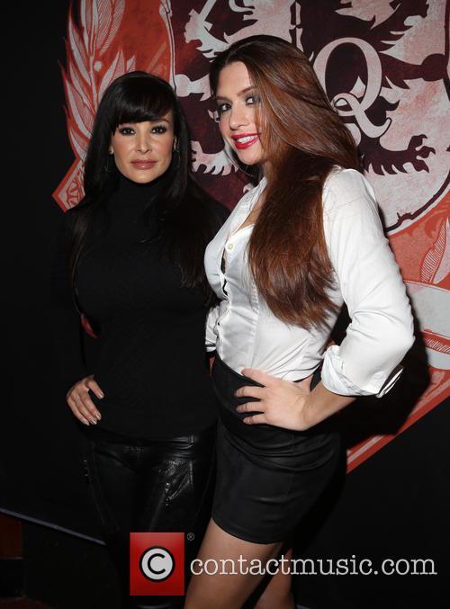 Lisa Ann and Veronica Vain 2