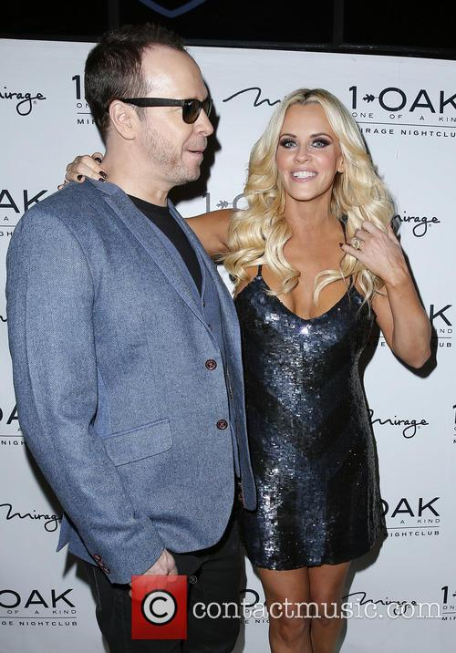 Donnie Wahlberg and Jenny Mccarthy 7