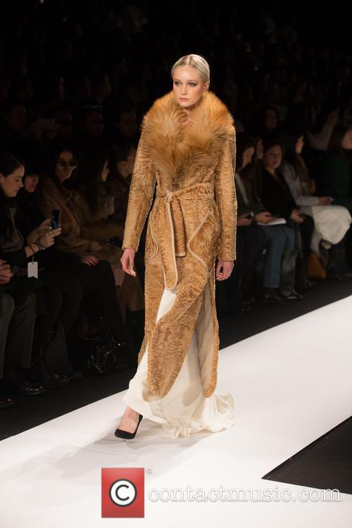Mercedes-benz New York Fashion, Week, Dennis Basso and Catwalk 5