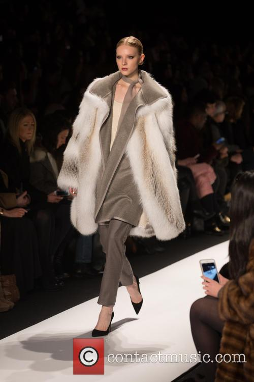 Mercedes-benz New York Fashion, Week, Dennis Basso and Catwalk 10