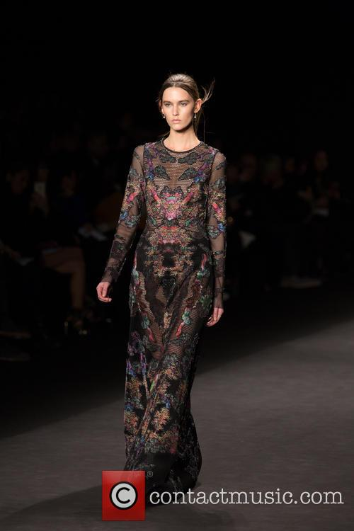 Mercedes-Benz New York Fashion Week - Viveinne Tam...