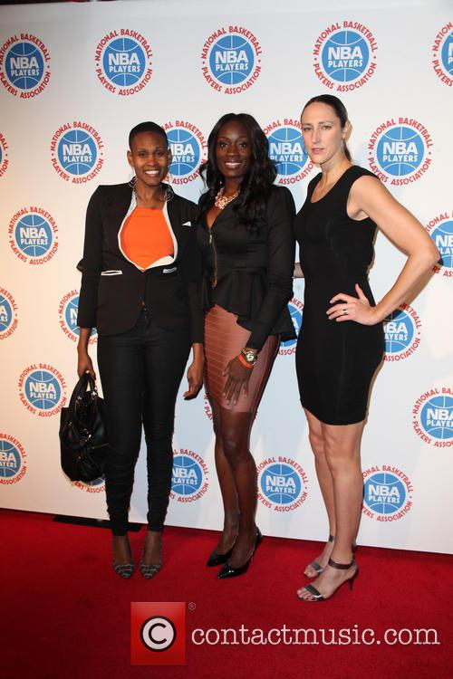 Andrea Garner, Rushia Brown and Ruth Riley 4