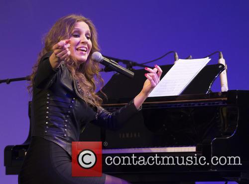 Maria Toledo 9