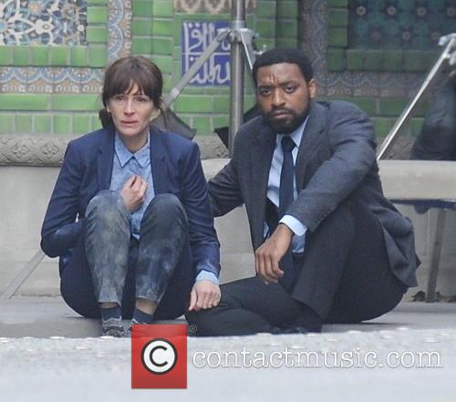 Julia Roberts and Chiwetel Ejiofor 4