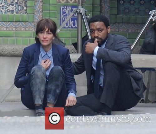 Julia Roberts and Chiwetel Ejiofor 5