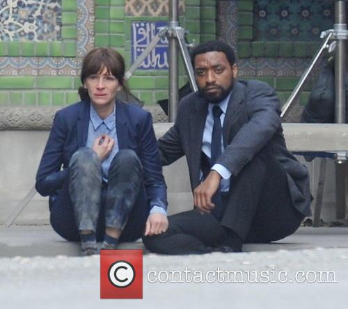 Julia Roberts and Chiwetel Ejiofor 6
