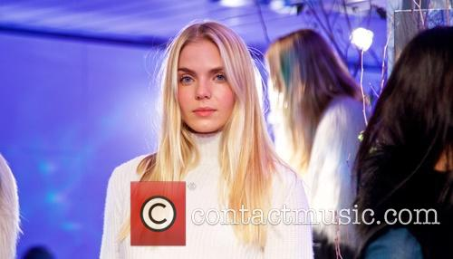 Mercedes-benz New York Fashion, Week, Elie Tahari and Presentation 4