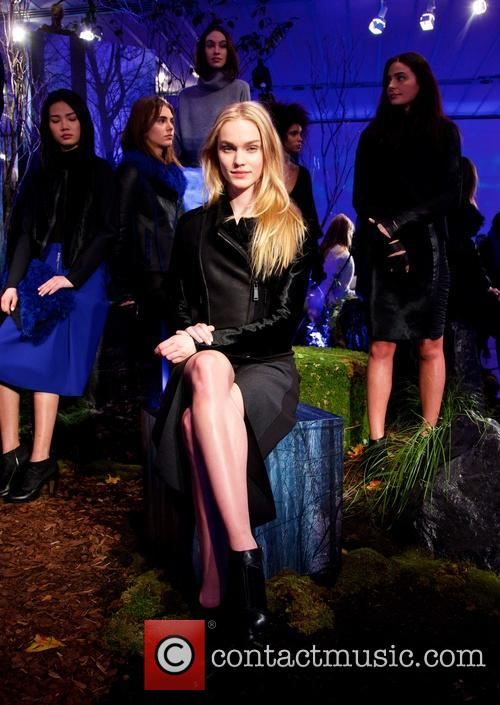 Mercedes-benz New York Fashion, Week, Elie Tahari and Presentation 9