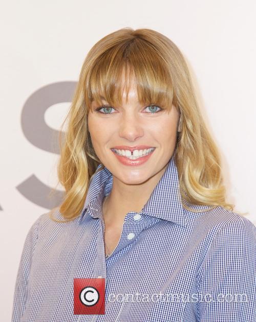 Jessica Hart 3