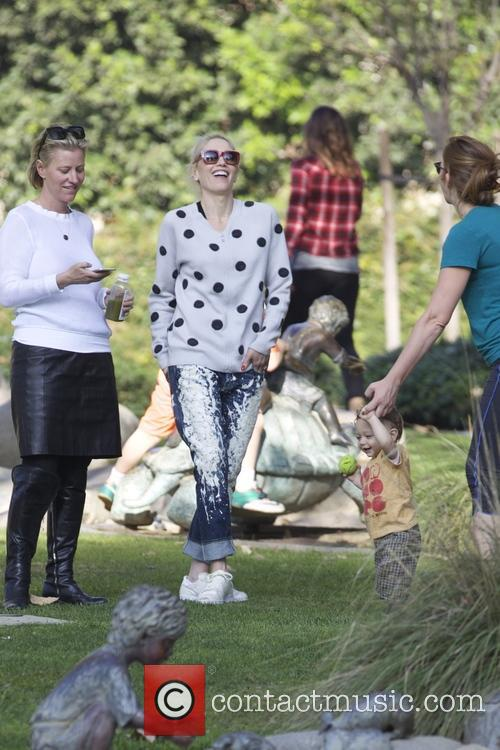 Gwen Stefani, Zuma and Apollo 8