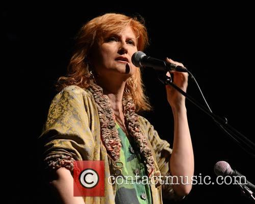 Eddi Reader performs live in concert