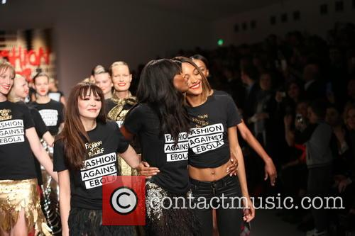 Annabelle Neilson, Naomi Campbell and Jourdan Dunn 4
